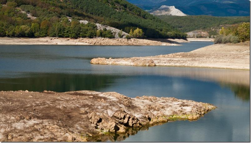 Piscinas naturales de madrid para refrescarse durante el for Piscinas naturales juan adalid