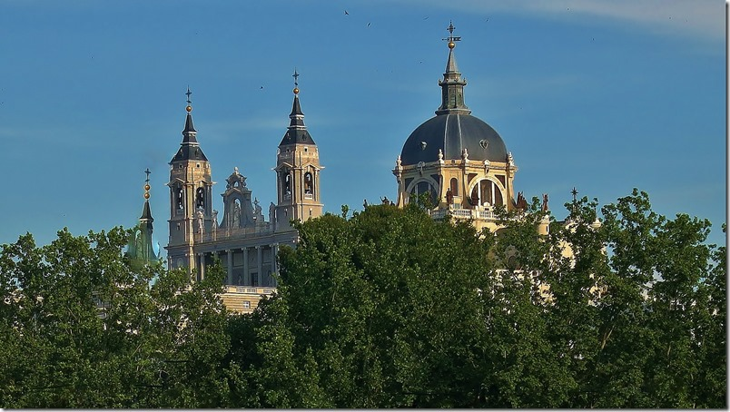 Catedral de La Almudena (2) - Madrid - InmigrantesEnMadrid