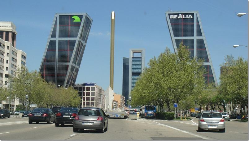 Torres Kio de Madrid (1) - InmigrantesEnMadrid