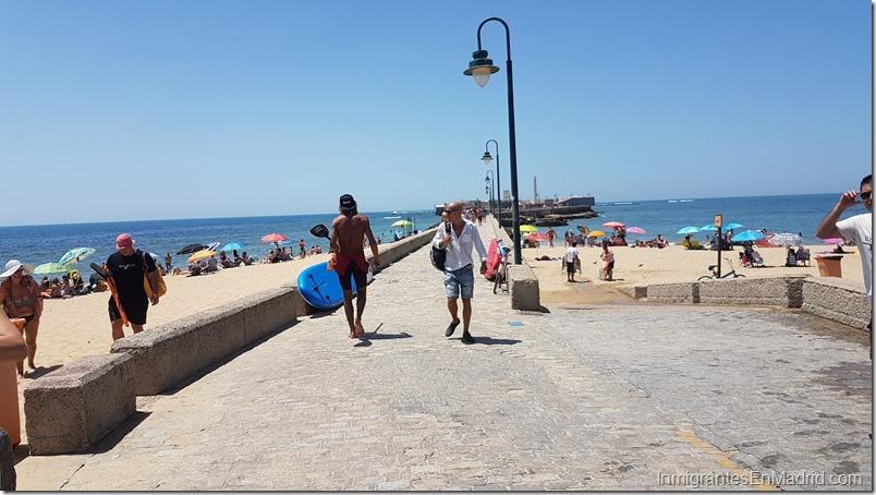 playa-verano-sol-cadiz