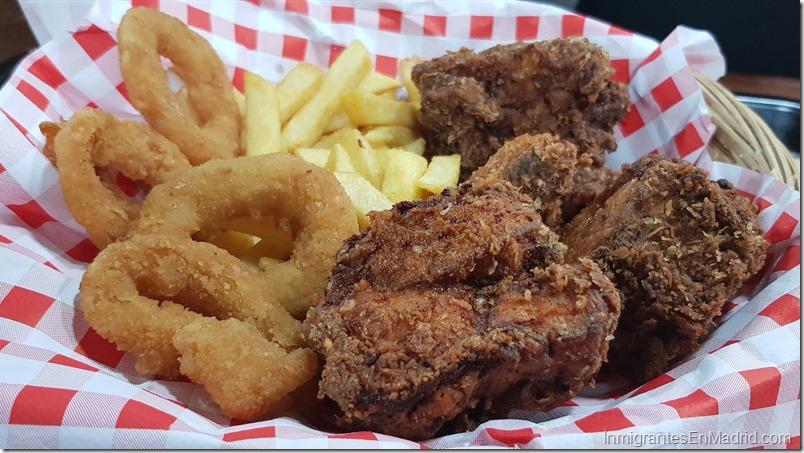 Chicken-guay-pollo-frito-venezolano-madrid_ (19)