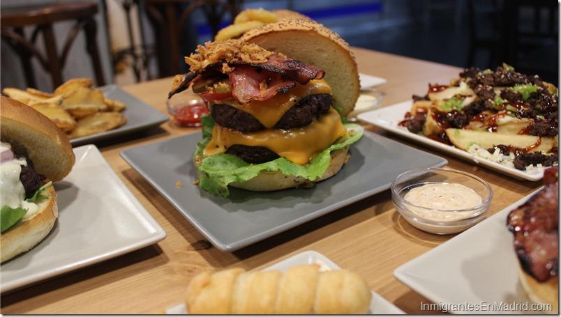 Warapa-Burger-mercado-Torrijos-hamburguesas-venezolanas-Madrid_ (20)