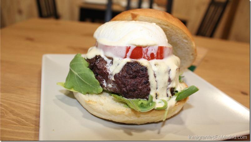 Warapa-Burger-mercado-Torrijos-hamburguesas-venezolanas-Madrid_ (22)