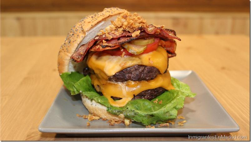 Warapa-Burger-mercado-Torrijos-hamburguesas-venezolanas-Madrid_ (26)