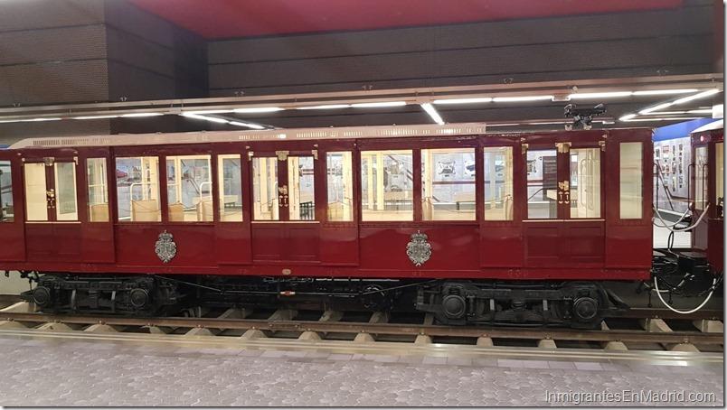 Exposición de trenes antiguos del Metro de Madrid en Chamartín 291018-5